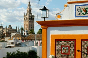 Private villa in Seville views Cathedral