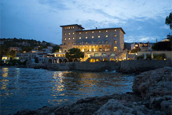 Mallorca luxury hotels curators