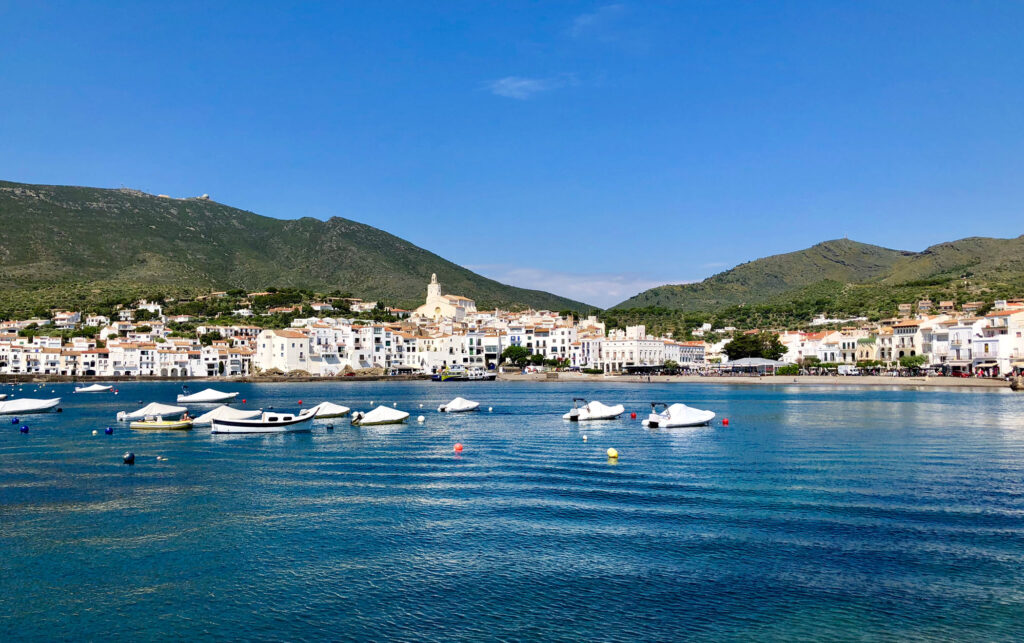 Cadaques town, with CÚRATE Trips