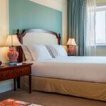 Comfortable rooms for a recovery sleep in Porto, with Cúrate Trips