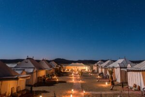 Luxury desert camp in Morocco, Sahara desert eco-friendly experience with Paladar y Tomar