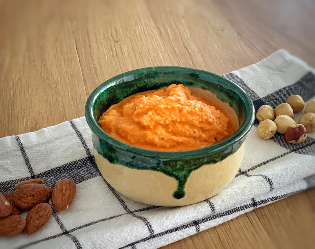 Romesco sauce recipe, by CÚRATE Trips