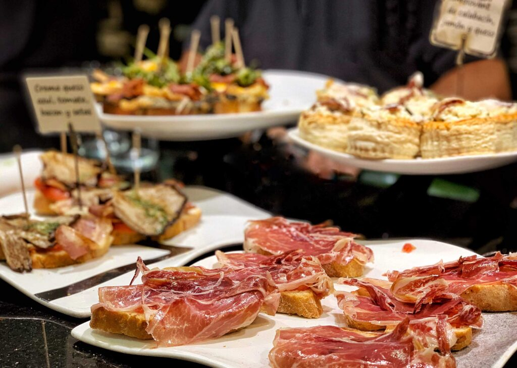 Private pintxos tour in San Sebastian with Paladar y Tomar