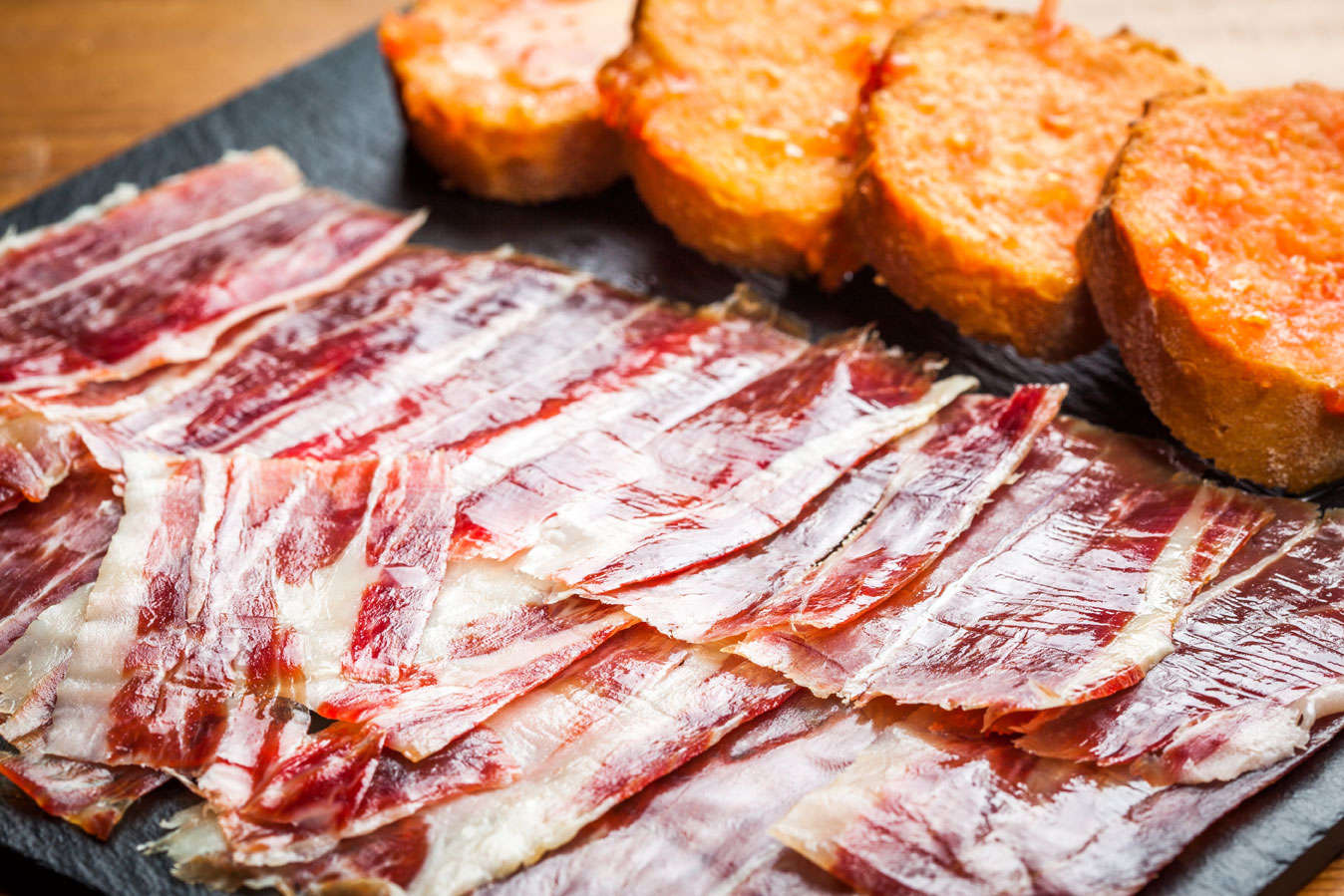 Pà amb tomàquet and jamon: an indispensable in Barcelona