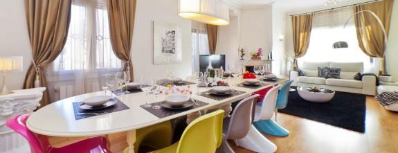 Luxury Villa Barcelona dining room