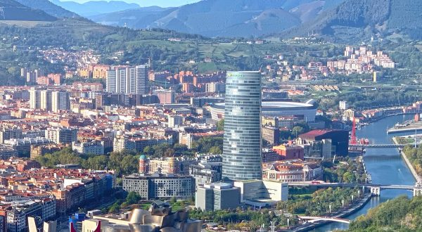 Be guided through amazing Bilbao city with Cúrate Trips by Paladar y Tomar