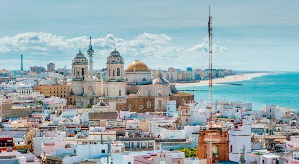 Cadiz city private tour by Paladar y Tomar