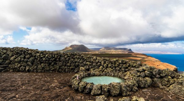 Visit Lanzarote, one of the magnetic Canary Islands in Spain, Paladar y Tomar