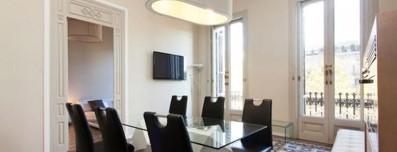 Gracia 2, Barcelona Luxury apartment in Paseo de Gracia, dining room