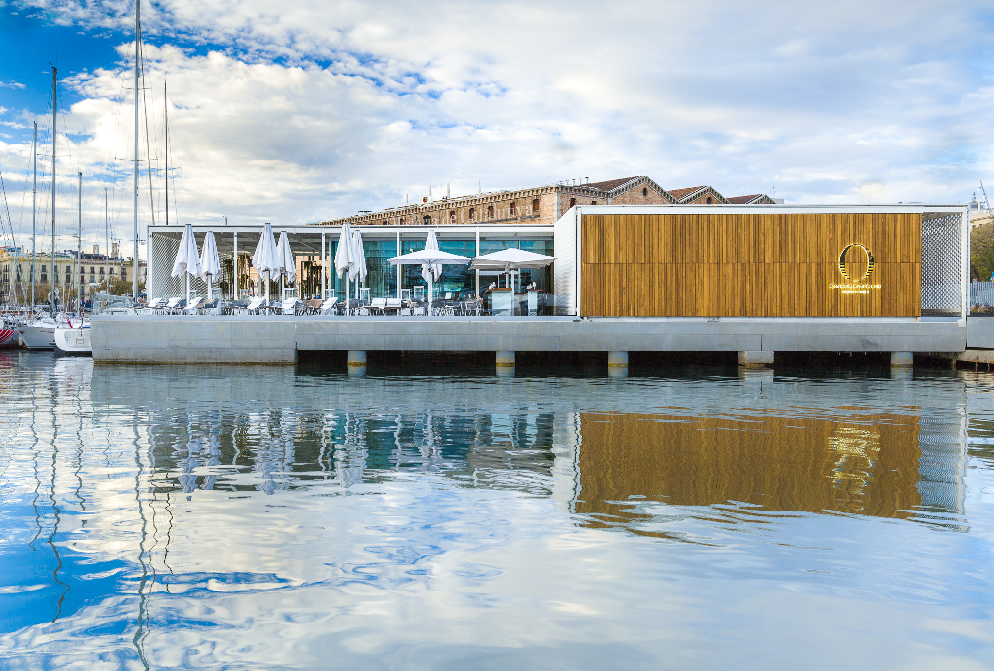oneocean club barcelona welcomes the superyachts