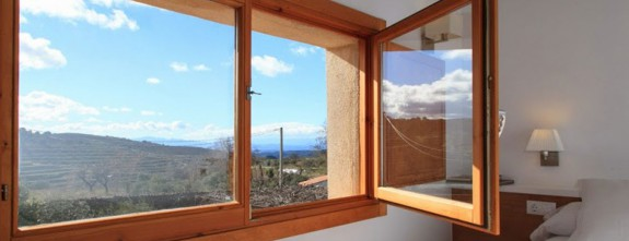 Only three rooms in a family wine estate in Priorat