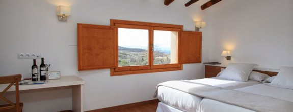 We host you in authentic and memorable Spain tours   Priorat bespoke wine tours