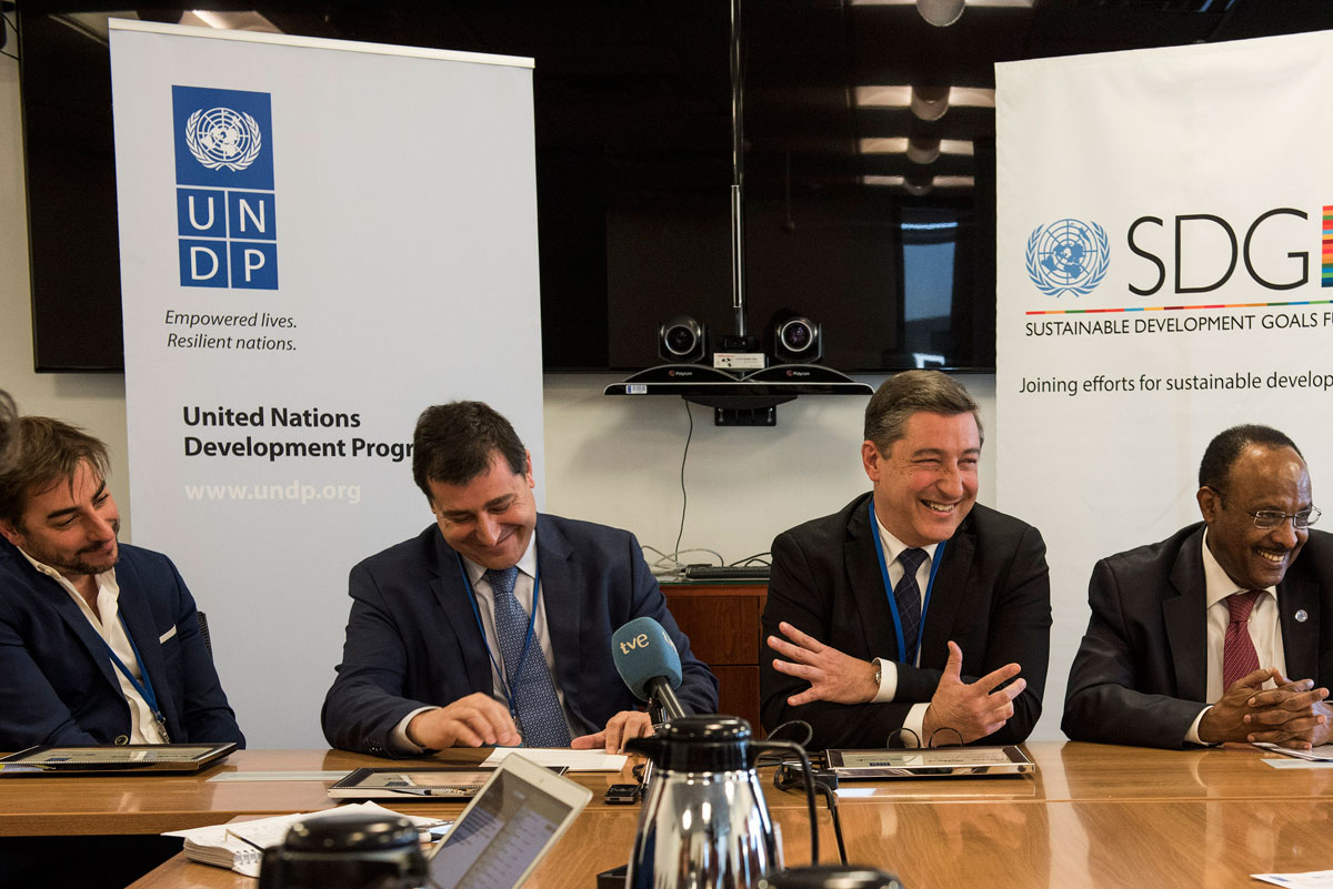 UNDP HQ - 18 January 2016 - Appointment ceremony of Roca brothers as UNDP Ambassadors