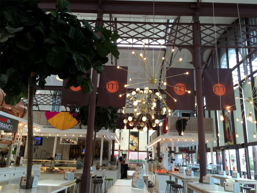 Lonja del Barranco, latest Seville food market